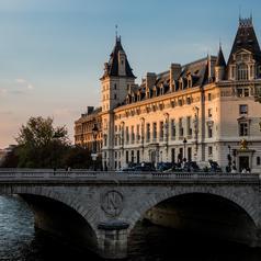 La conciergerie, proche de l'Hôtel Parc Saint Séverin à Paris